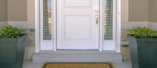 Portes d'entrée sur-mesure et esthétiques